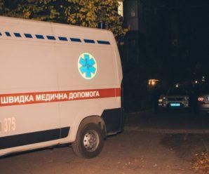 Повісилася на зарядці і шнурках: 25-річну дівчину знайшли мертвою на дитячому майданчику