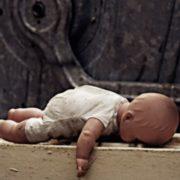 20-річна студентка таємно народила немовля на орендованій квартирі та вбила його