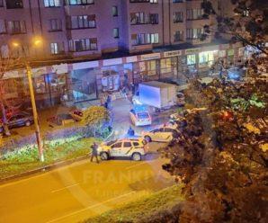 У Франківську чоловік влаштував стрілянину: поранені кілька людей. ФОТО/ВІДЕО
