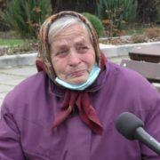 Жінка інвалід шукає 50 тисяч гривень, щоб завести сина на операцію до Львова
