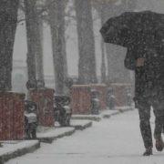 Ожеледиця і місцями мокрий сніг: яким областям України приготуватися до негоди