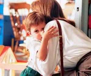 """""""Ми не бачили мами майже два роки"""": через коронавірус більшість заробітчан на Різдво додому не приїдуть"""