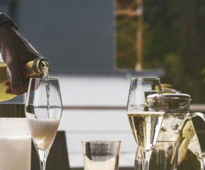 Чи вбиває алкоголь COVID-19: три міфи про спиртне і коронавірус