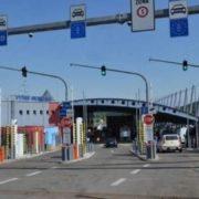 Європейська країна закриває пункти пропуску на кордоні з Україною: які саме