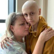 «Вона літала на крилах»: потрібна допомога 15-річна Діанка бореться із раком. Мінімум- репост