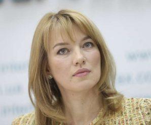 У Верховній Раді хочуть штрафувати політиків, які не говорять українською