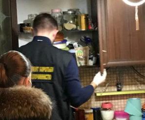 У студента одного із франківських вишів знайшли наркотичні і психотропні речовини (ФОТО)