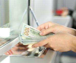 В Україні змінили правила покупки доларів