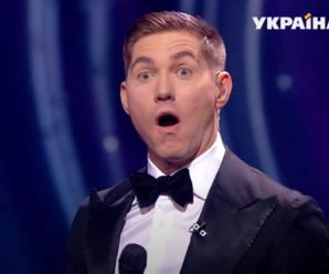 Оля Полякова і Настя Каменських злилися у поцілунку на камеру (фото)
