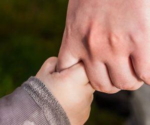 В Івано-Франківській області суд заборонив публікувати у соцмережах фото дитини без згоди обох батьків