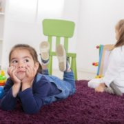 """""""Слуги народу"""" пропонують віддавати дітей до дитсадків з двох місяців"""