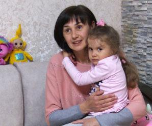 Допоможіть моїй дитині дихати. Мама просить врятувати 6-річну донечку (відео)