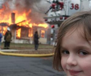 «Дівчина-катастрофа» продала своє знамените фото за 488 тисяч доларів