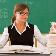 У Міносвіти анонсували підвищення зарплат вчителям