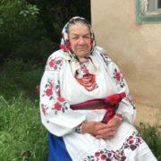 """Бабуся заспівала автентичну пісню """"Шум"""", з якою Go_A виступали на євробаченні (відео)"""