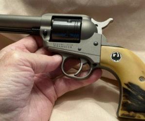 Суд оштрафував 41-річного лікаря з Прикарпаття за контрабанду зброї