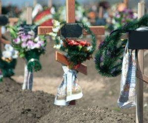 Померлих від грибної юшки братика й сестричку поховають в один день
