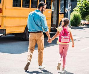 МОЗ дозволило батькам навідуватися до школи