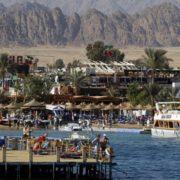 У Єгипті вводять локдаун: закриваються ресторани, ТЦ, парки і пляжі