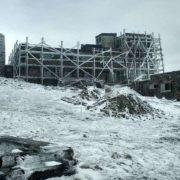 Літо в Карпатах: лежить сніг, температура впала до -2° (ФОТО)