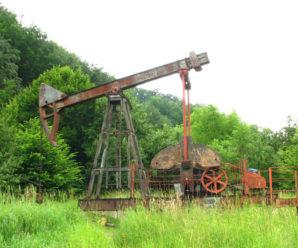 На Івано-Франківщині судитимуть підприємців за незаконний видобуток нафти