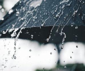 Грози, вітер та град: на Прикарпатті оголосили штормове попередження
