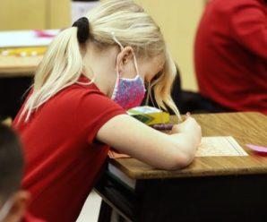 Дітей без COVID-щеплення можуть не допускати в школу: в МОЗ зробили заяву
