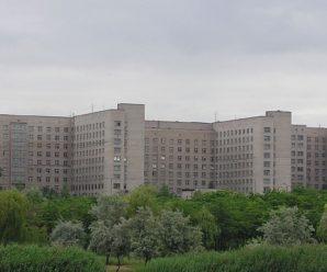 """""""Не подобається, несіть із дому"""": у Мережі показали жахи в палатах хірургії лікарні Кривого Рогу"""