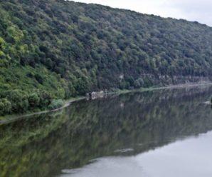 В Івано-Франківській області дощі на півтора метра підняли рівень води в річках