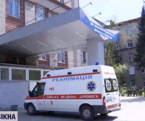 На Львівщині двоє дітей через укус змії потрапили до лікарні