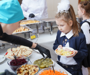 У прикарпатських школах запровадять нове чотиритижневе меню (ВІДЕО)