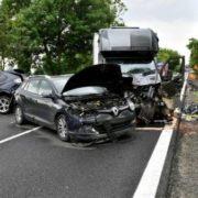 5 легковиків, два автобуси та вантажівка: у Польщі трапилась масштабна аварія, в якій загинуло двоє українців (фото)