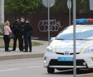 Поліція буде контролювати українців на дотримання маскового режиму