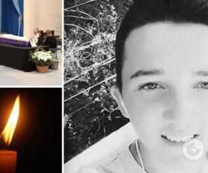 Вакцинувався потай від батьків: нові деталі про хлопця, який загинув після уколу Pfizer