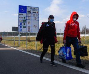 Прикарпатцям на замітку: заробітчанам закриють в'їзд на роботу до Польщі
