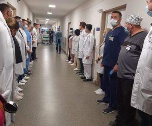 """Посмертний франківський донор """"врятував"""" три життя: лікарі зробили йому """"коридор пошани"""" (ФОТО)"""