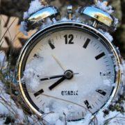 Перехід на зимовий час: коли українцям потрібно перевести годинник