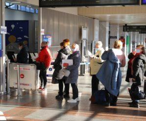 """""""Укрзалізниця"""" не пустила до поїздів 340 пасажирів через нові карантинні правила проїзду"""