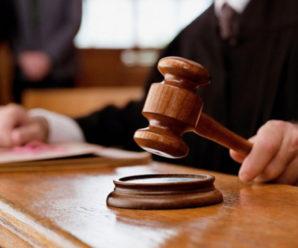 Суд зобов'язав мешканку Надвірнянщини сплатити майже 12 тисяч податкового боргу